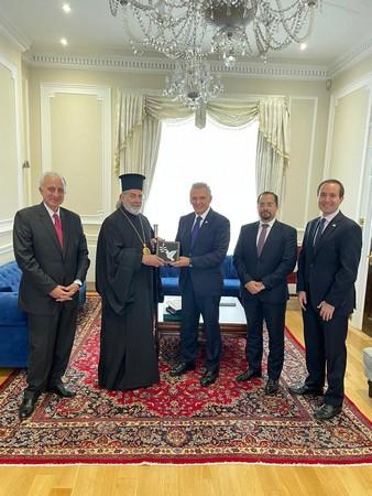 Συνάντηση του Αρχιεπισκόπου Νικήτα με τον Επίτροπο Προεδρίας της Κυπριακής Δημοκρατίας